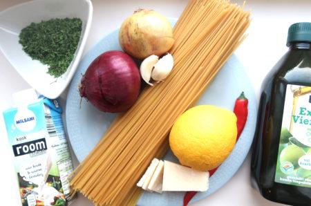 Romige pasta met citroen en parmezaanse kaas