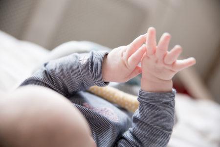 Baby 6 maanden: Ontwikkeling en eerste hapje!